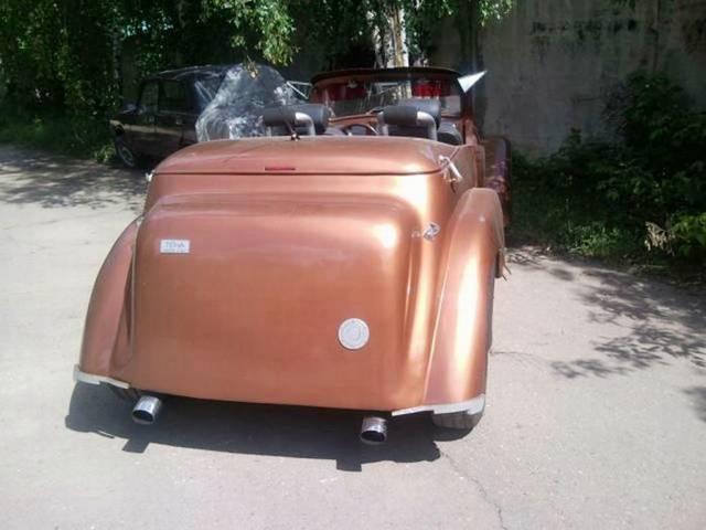 moskvich-sedan-004-1